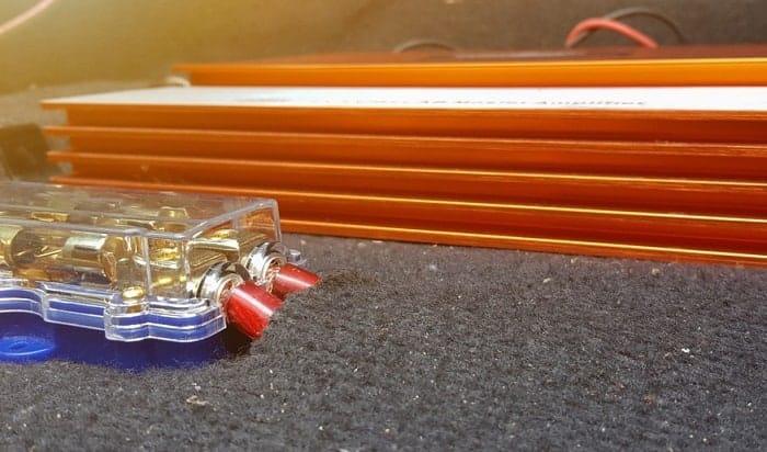car-amplifier-fuse