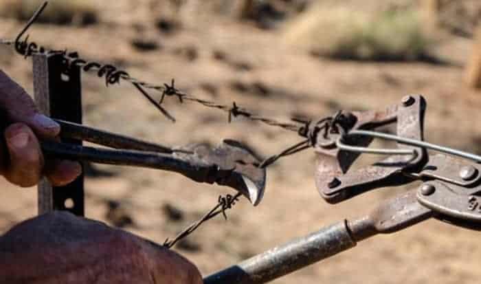 klein-fencing-pliers