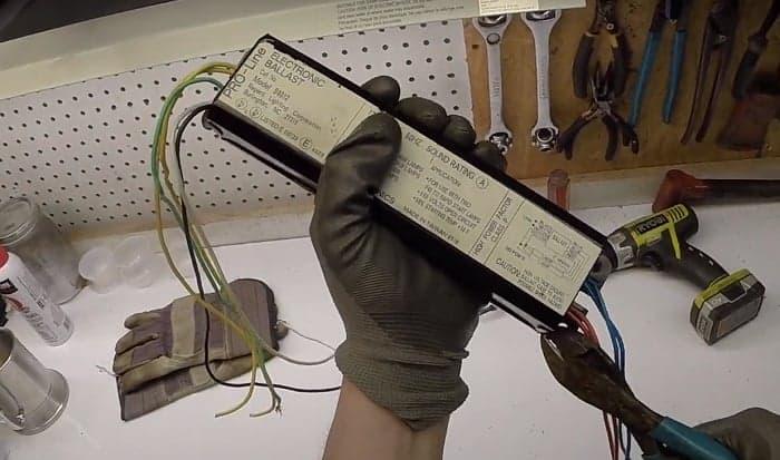 How-do-I-test-an-electronic-ballast