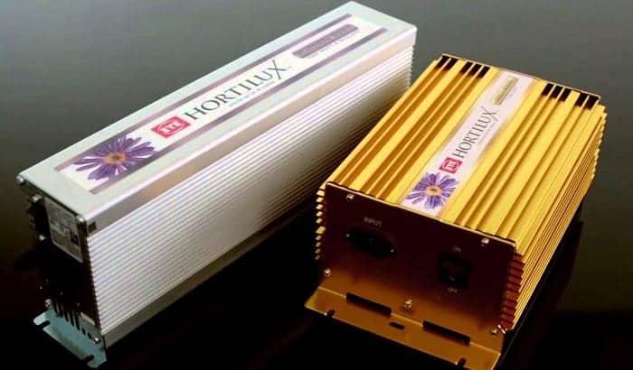 How many amps will one 1000 watt light pull on 120V