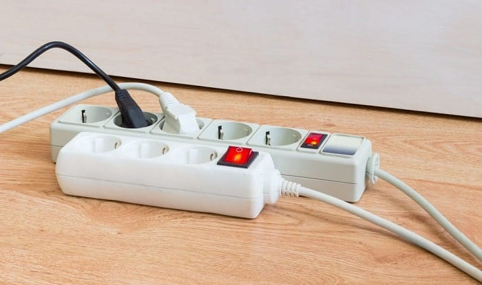 How-many-outlets-are-allowed-on-a-15-amp-circuit