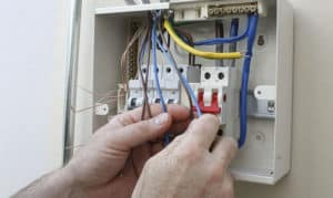 how much does it cost to replace a circuit breaker