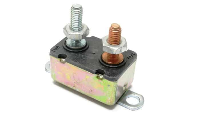 how-to-test-automotive-circuit-breaker