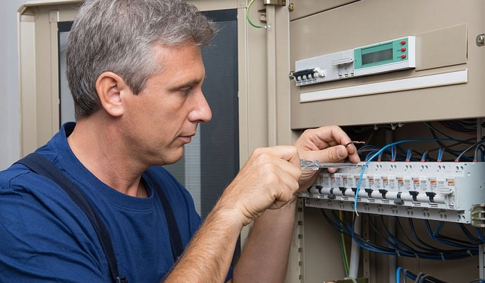 how to change a 30 amp breaker to a 50 amp breaker