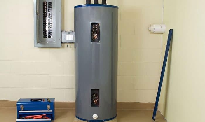 what size breaker do i need for a 4500 watt water heater